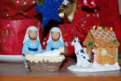 Gay-nativity-WS-with-dog-color-correct
